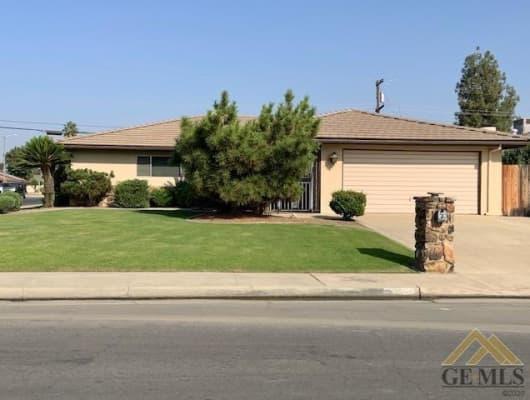 2100 Emerson Street, Bakersfield, CA, 93309