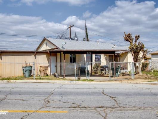 920 Espee Street, Bakersfield, CA, 93301