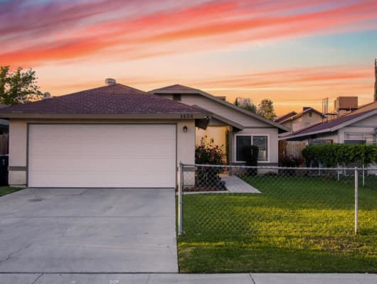 1424 Canyon Court, Bakersfield, CA, 93307