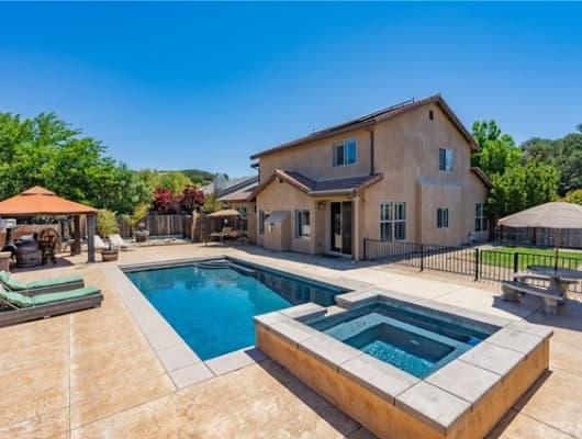 1207 Blue Oak Way, El Paso de Robles (Paso Robles), CA, 93446