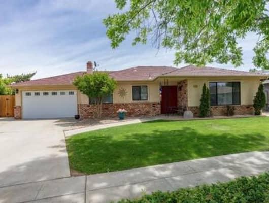 4458 N Crystal Ave, Fresno, CA, 93705