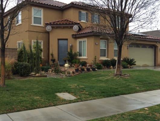 10104 Riata Lane, Bakersfield, CA, 93306