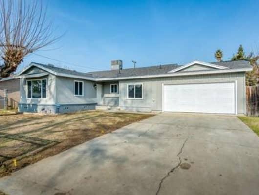 4767 East Braly Avenue, Fresno, CA, 93702