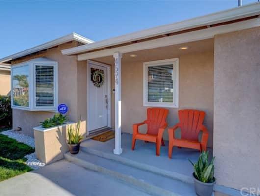 4594 W 132nd St, Hawthorne, CA, 90250