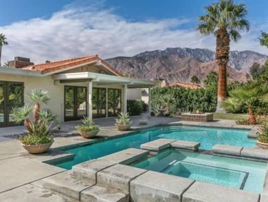 1040 East El Conquistador, Palm Springs, CA, 92262