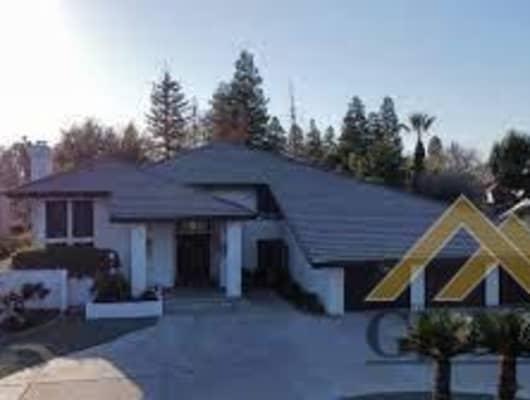 105 Portales Real, Bakersfield, CA, 93309