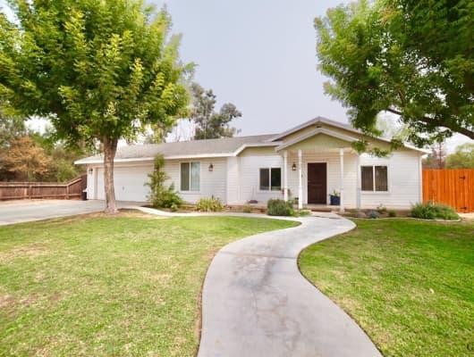 1702 Jewetta Avenue, Bakersfield, CA, 93312