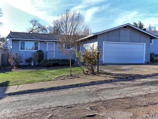 657 14th St, Lakeport, CA, 95453