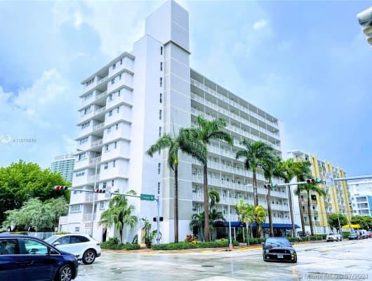 C203/1300 Lincoln Road, Miami Beach, FL, 33139