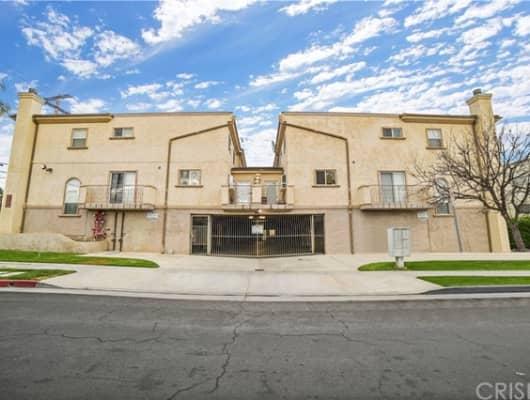 8852 Darby Avenue, Los Angeles, CA, 91325