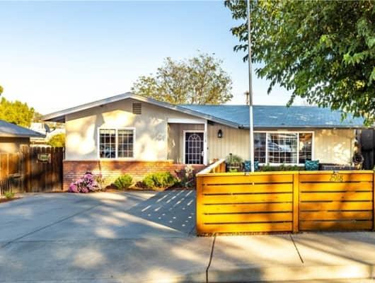 2918 Oak Street, El Paso de Robles (Paso Robles), CA, 93446
