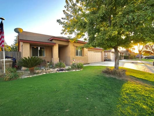 2413 Paradise Point Place, Bakersfield, CA, 93313