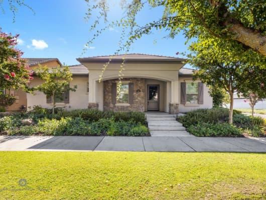 2801 Oakley Street, Bakersfield, CA, 93311