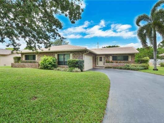 9422 Northwest 4th Street, Coral Springs, FL, 33071