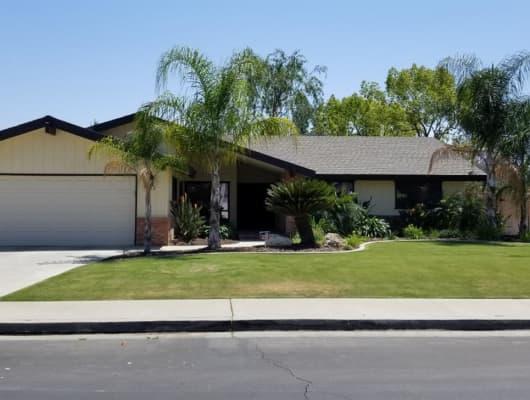 7913 Shetland Drive, Bakersfield, CA, 93309