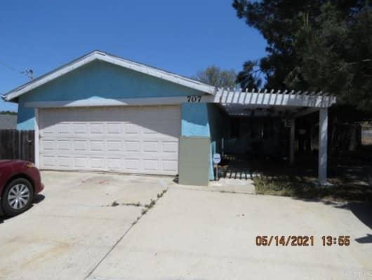 707 North Main Avenue, Fallbrook, CA, 92028