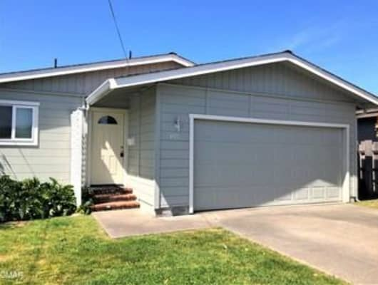 435 S Corry St, Fort Bragg, CA, 95437