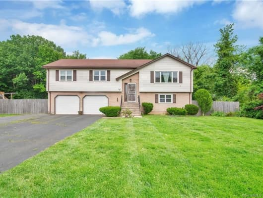 82 Sunnyfield Drive, Hartford County, CT, 06095