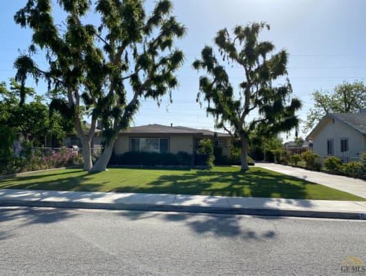 Valencia Drive, Kern County, CA, 93306