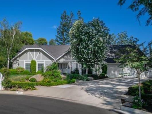 322 East Lisa Avenue, Fresno, CA, 93720