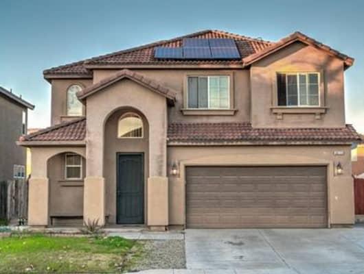 6872 East Heaton Avenue, Fresno, CA, 93727