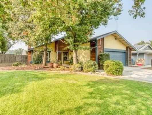 4139 West Capitola Avenue, Fresno, CA, 93722