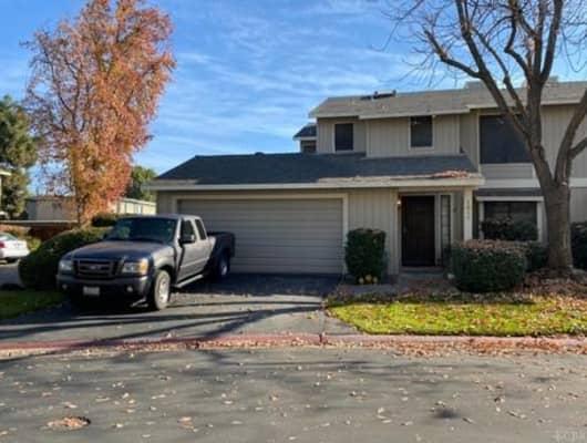 4727 E Alamos Ave, Fresno, CA, 93726