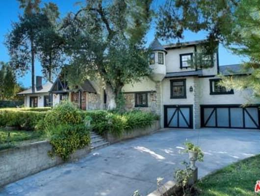 5439 Vanalden Avenue, Los Angeles, CA, 91356