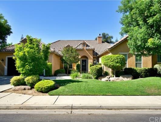 167 West Goshen Avenue, Clovis, CA, 93611