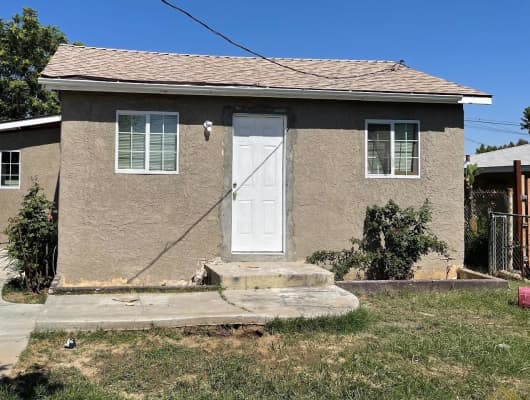 327 Airport Dr, Oildale, CA, 93308