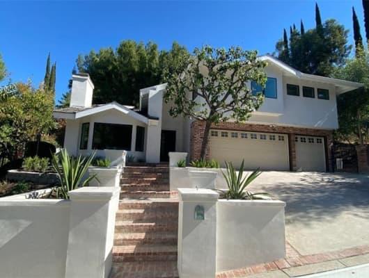 4886 Winnetka Avenue, Los Angeles, CA, 91364