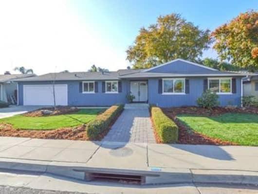 1072 Ezie Avenue, Clovis, CA, 93611