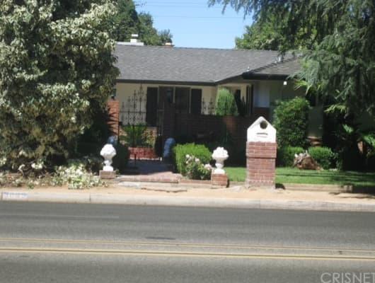 3895 North Palm Avenue, Old Fig Garden, CA, 93704