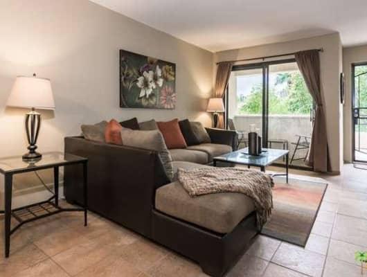 2821 Los Felices Cir W, Palm Springs, CA, 92262