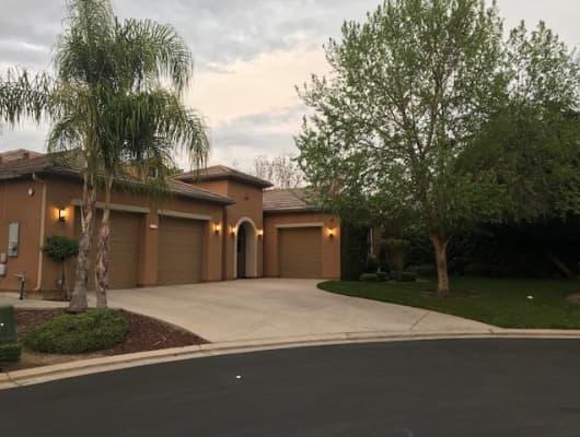 1776 E Banwell Ln, Fresno, CA, 93730