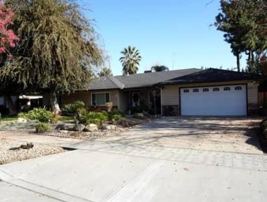 5462 North Prospect Avenue, Fresno, CA, 93711