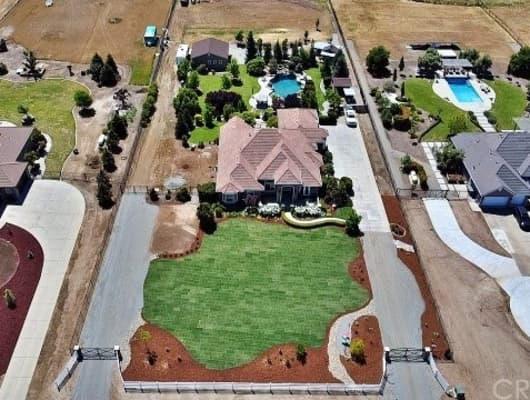 13115 East Falcon Meadow Lane, Fresno County, CA, 93619