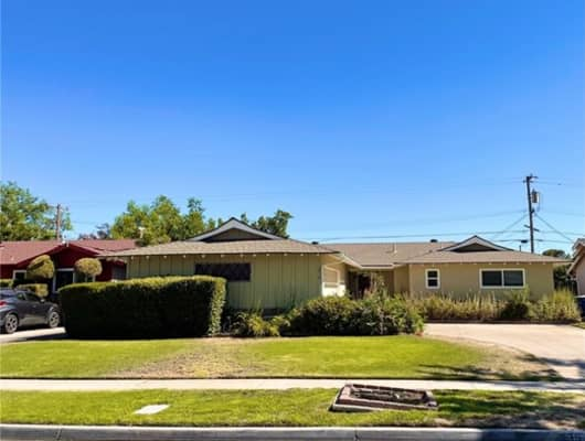 3516 East Saginaw Way, Fresno, CA, 93726