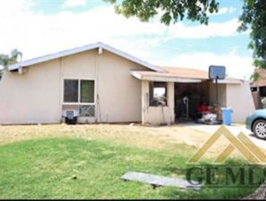 5009 Lawrence Court, Bakersfield, CA, 93309