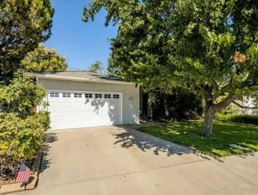 15427 West B Street, Kerman, CA, 93630