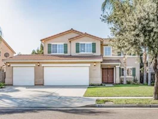 2833 West Sedona Avenue, Visalia, CA, 93291