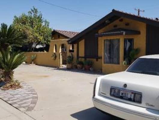 1484 Ahart Street, Simi Valley, CA, 93065