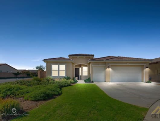 10031 Stockholm Place, Bakersfield, CA, 93306