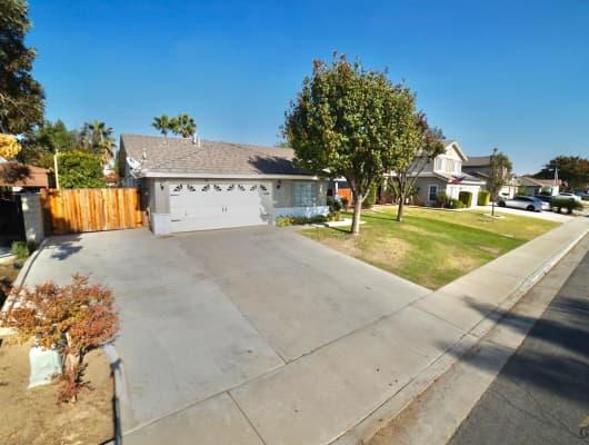 10310 Greenwich Dr, Bakersfield, CA, 93312