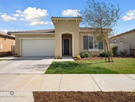 9809 Tallin Place, Bakersfield, CA, 93306