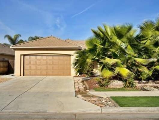 6336 West Wrenwood Lane, Fresno, CA, 93723