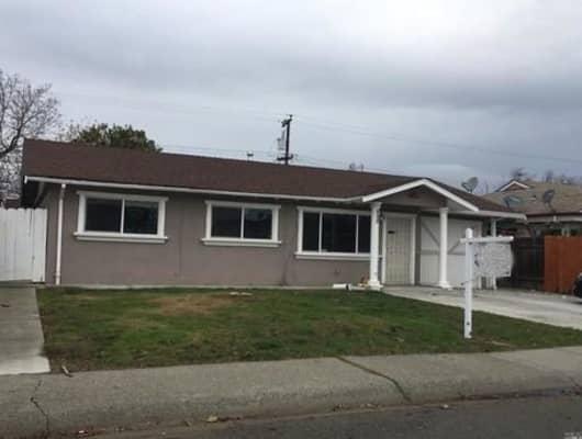 913 Johnson Street, Fairfield, CA, 94533