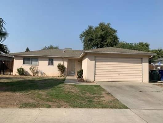 5849 East Saginaw Way, Fresno, CA, 93727