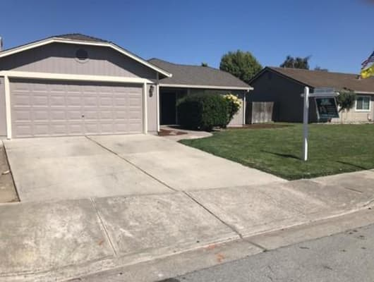 231 Recht Street, Hollister, CA, 95023