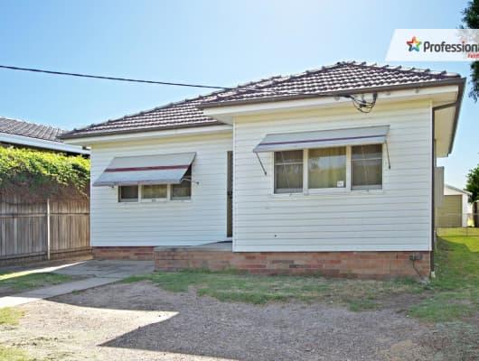 121 King Road, Fairfield West, NSW, 2165
